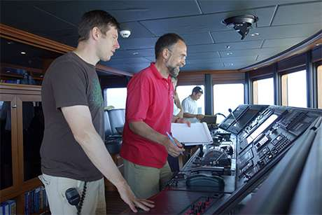 Cruising high seas, engineers detect fake GPS signals