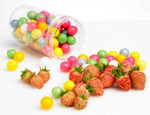 How bubbleberries can look like strawberries and taste of gum