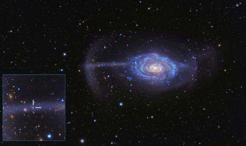Merging galaxies illuminate the cosmic food chain