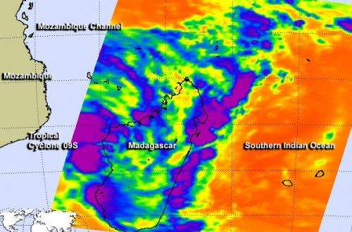 NASA catches development of Tropical Cyclone 09S in Southern Indian Ocean
