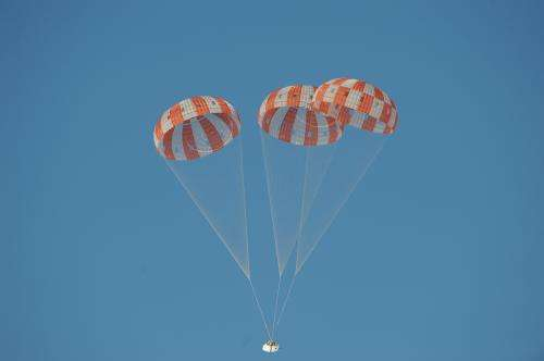 NASA tests Orion's parachute performance over Arizona