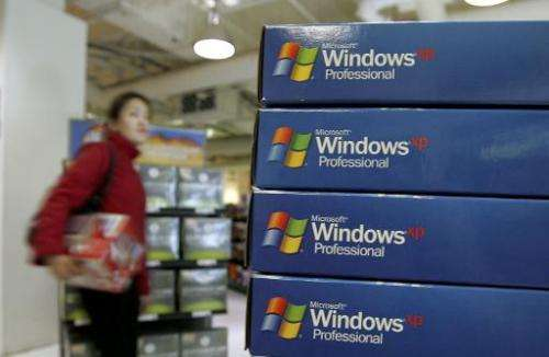 People clinging to Microsoft's aging Windows XP operating system will be left to fend off cyber criminals by themselves come Tue