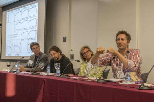 Scholars and scientists explore factors underlying serendipitous discoveries