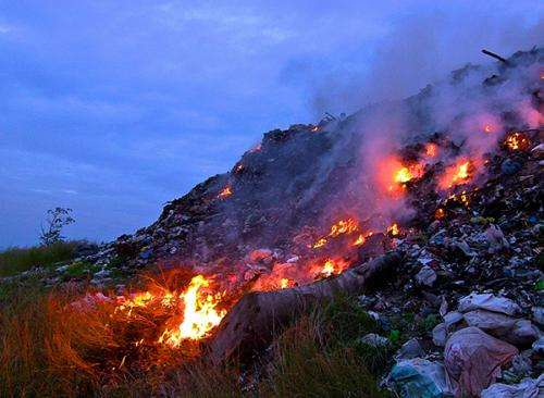 Trash burning worldwide significantly worsens air pollution