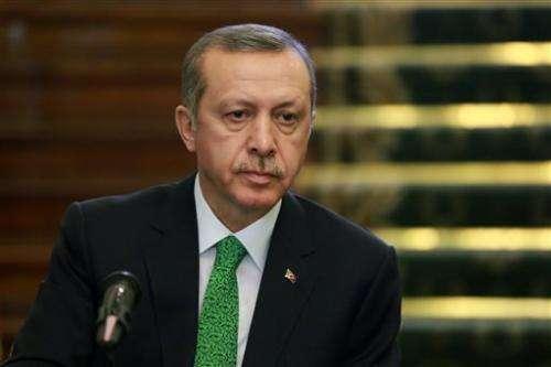Turkey blocks Twitter access over graft recordings