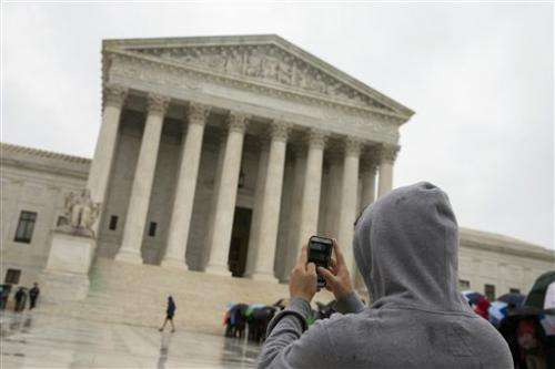 US justices: 'Get a warrant' to search cellphones