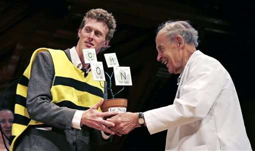 Bee stings, research that makes you go 'huh?' win Ig Nobels (Update)