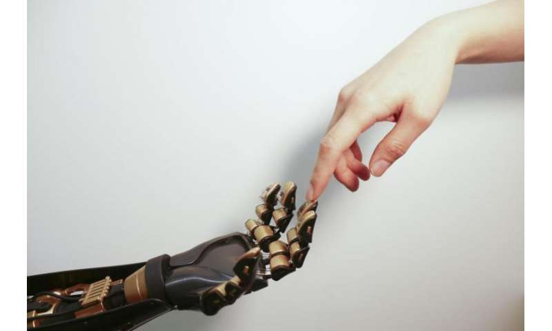 Stanford engineers create artificial skin that can send pressure sensation to brain cell