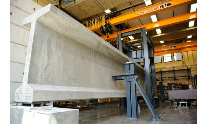 Researchers studying how to make longer, more durable bridge girders