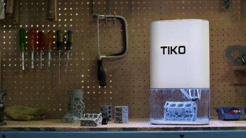Affordable 3D printer heating up on Kickstarter