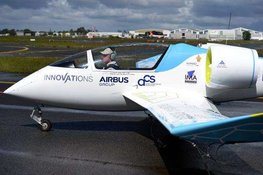 Green-minded Paris Air Show takes off