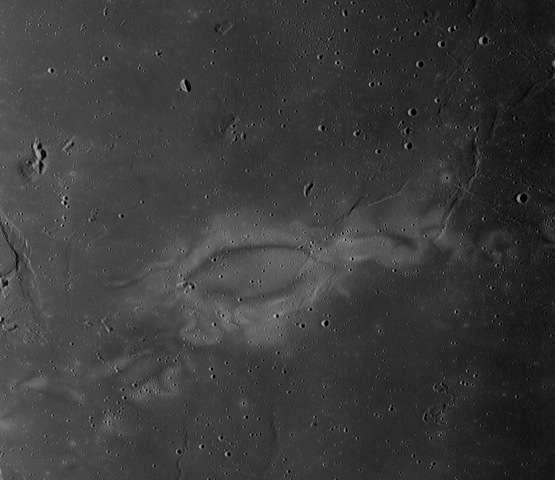 Crashing comets may explain mysterious lunar swirls