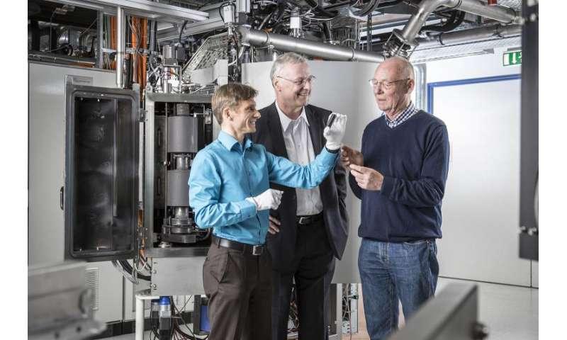 Diamond-like coatings save fuel