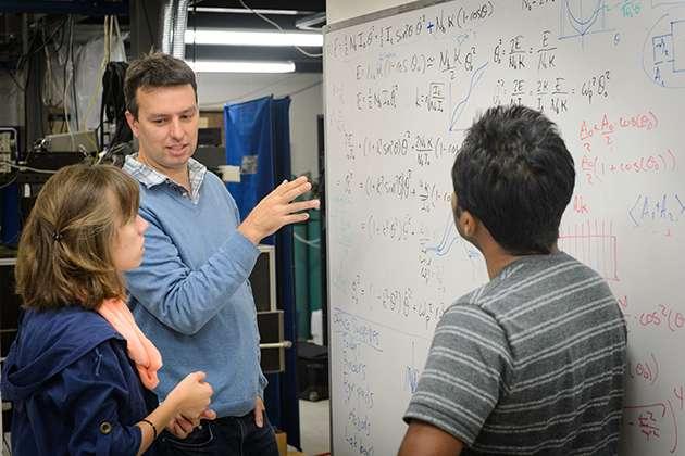 Scandium trifluoride shrinks when warm, lends understanding of volume-changing materials