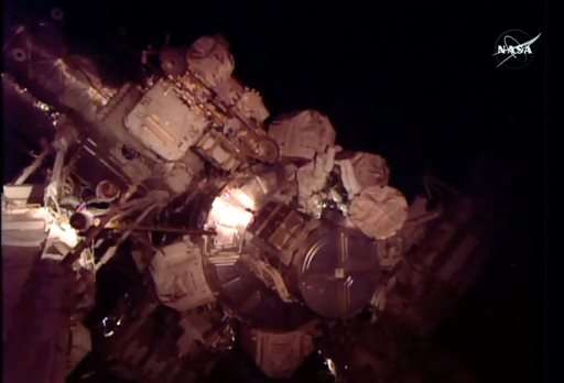 Spacewalkers encounter leaking ammonia, NASA says no danger (Update)