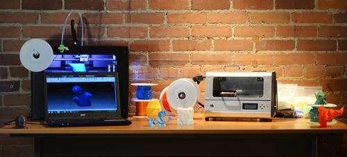 Students launch desktop recycler that turns pop bottles into 3D printer plastic