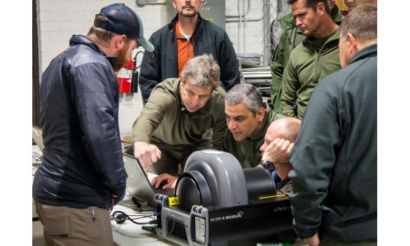 Bomb techs strengthen their hand with Sandia's XTK software