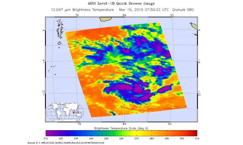 NASA examines powerful Tropical Cyclone Emeraude's winds, clouds