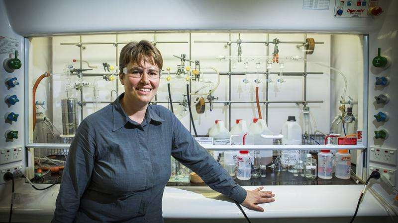 Scientists control chemical reactions with static electricity