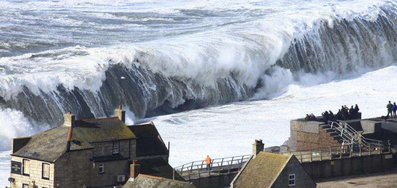 Winter storms of 2013/14 the most energetic to hit western Europe since 1948, study shows