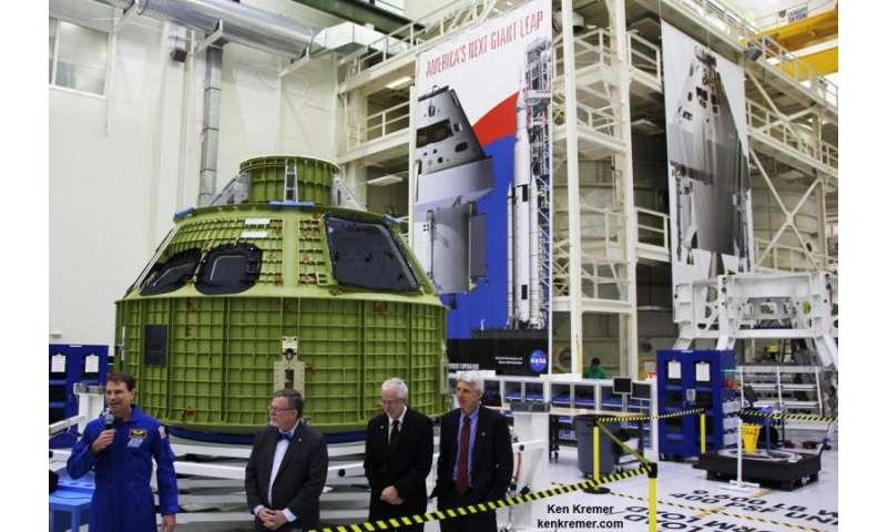NASA unveils Orion pressure vessel