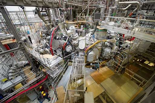 Scientists in Germany switch on nuclear fusion experiment (Update)