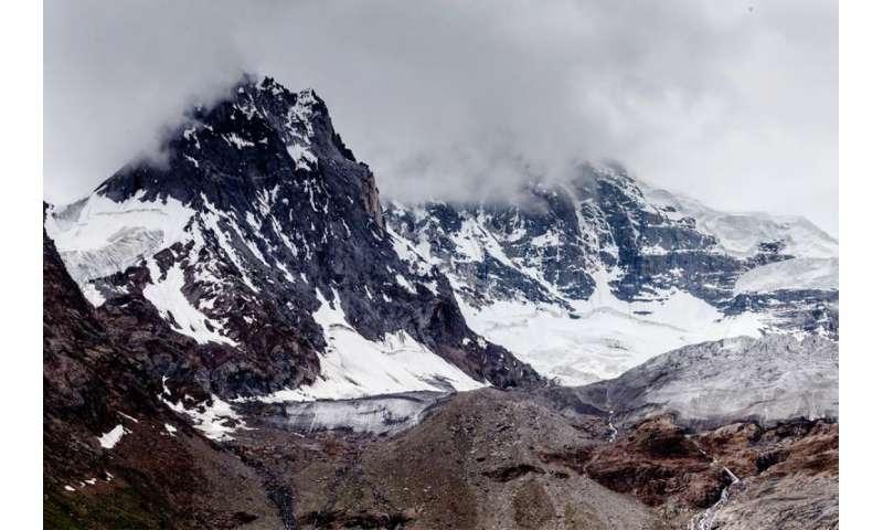 Digging deeper: Study improves permafrost models, reduces uncertainties