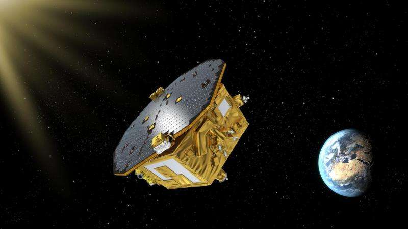 First locks released from Lisa Pathfinder's cubes