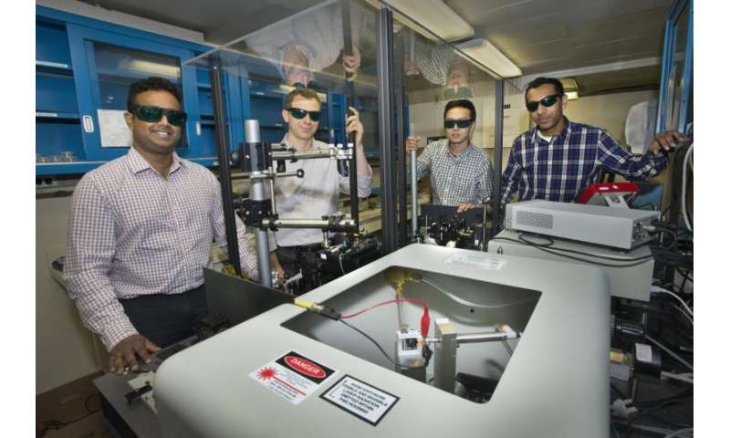 Graphene leans on glass to advance electronics