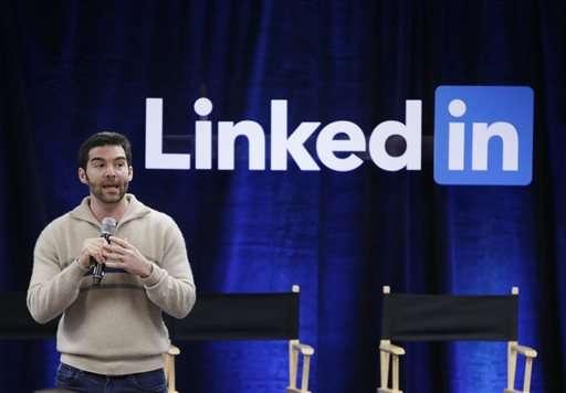 LinkedIn shares tumble on weak forecast for 2016