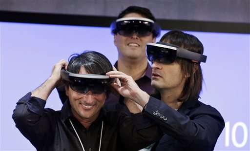 Microsoft to ship developer HoloLens for $3,000 in March