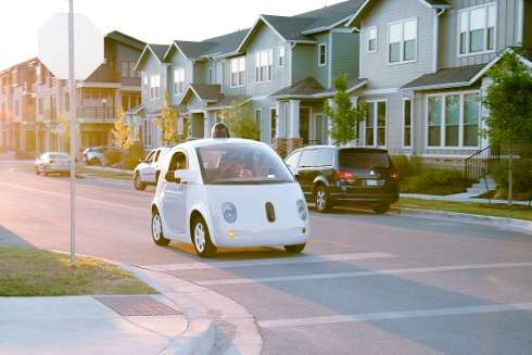 National crash rate for conventional vehicles higher than crash rate of self-driving cars, report shows