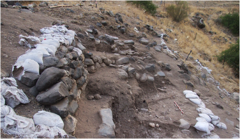 Prehistoric village links old and new stone ages