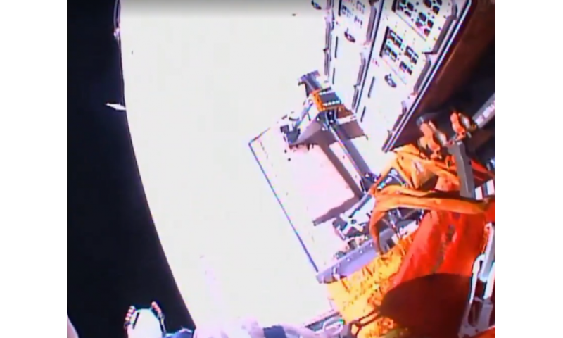 Russian spacewalk marks end of ESA's exposed space chemistry