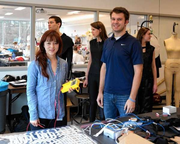 Senior's 3-D printed, sustainable clothing wins scholarship