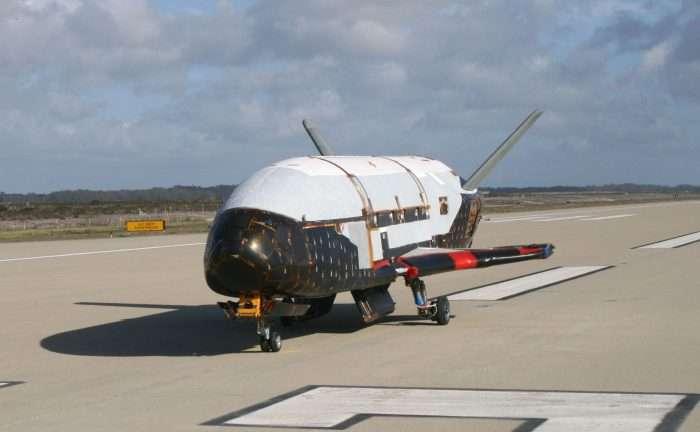 Super-secret X-37B space plane nears one year in orbit