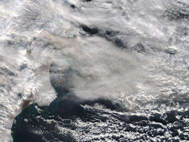 NASA's aqua satellite catches glimpse of russia's active volcanoes