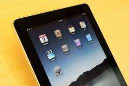 Amazon and US bookstore giant Barnes & Noble cut the prices of their electronic book readers in the face of Apple's iPad