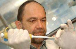 DNA fingerprinting pioneer discovers role of key genetic catalyst for human diversity
