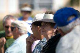 Friends, family detect early Alzheimer's signs better than traditional tests