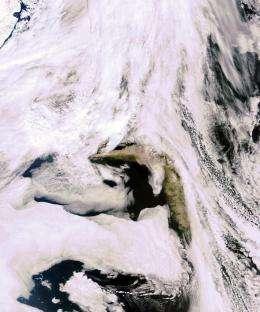 Envisat captures renewed volcanic activity