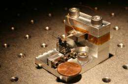 Miniature auto differential helps tiny aerial robots stay aloft