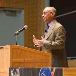NASA chief defends Obama's space plan