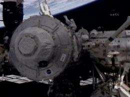 NASA: Space shuttle flaws too small to pose danger (AP)