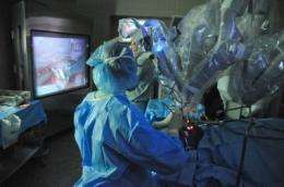 New robotic head and neck cancer surgery preserves speech, without scarring