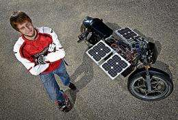 Student builds solar motorcycle, launches club to push more electric vehicle breakthroughs