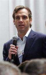 Van Natta resigning as MySpace CEO (AP)
