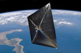 NASA произвела уникальный запуск спутника-парусника