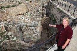Hebrew University archaeologist discovers Jerusalem city wall from tenth century B.C.E.