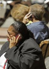 San Francisco poised for cell phone radiation law (AP)